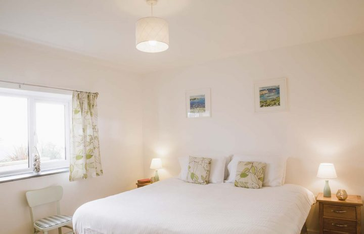 2nd bedroom The Cove, Praa Sands 72DPI