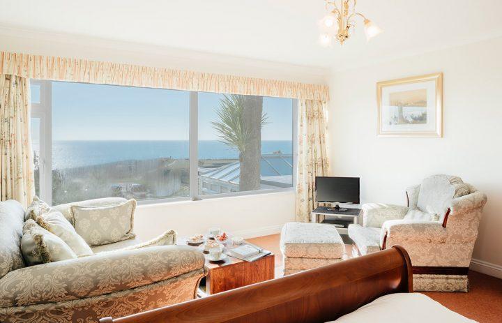 Trebah-Bedroom-and-Living-Room