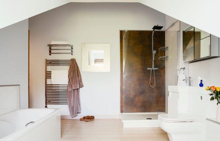Bodeeve-Main-bathroom