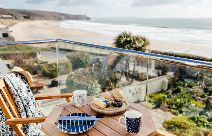 Bodeeve-Master-Bedroom-Balcony-Sea-Views